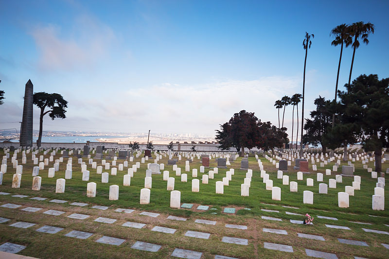 Fort Rosecrans National Cemetery, Point Loma w San Diego, California.